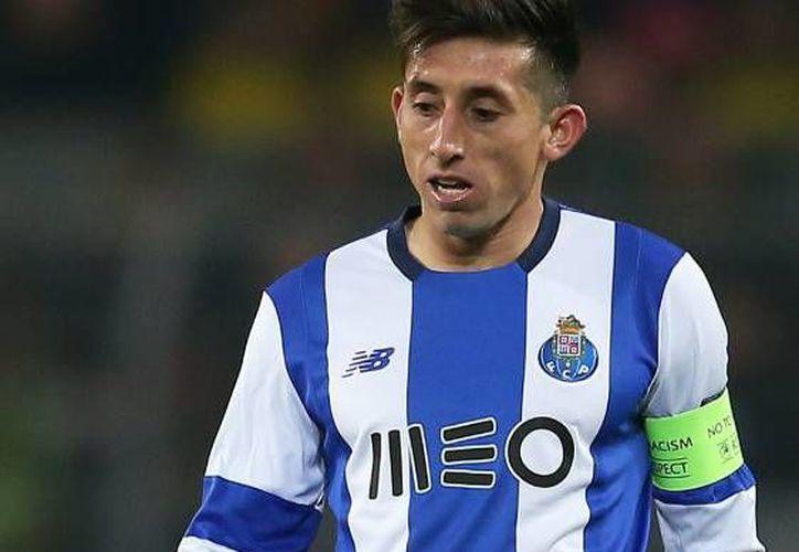 Héctor Herrera podría perderse el próximo partido del FC Porto en la Copa de Portugal tras el paro por la Fecha FIFA. (EFE)