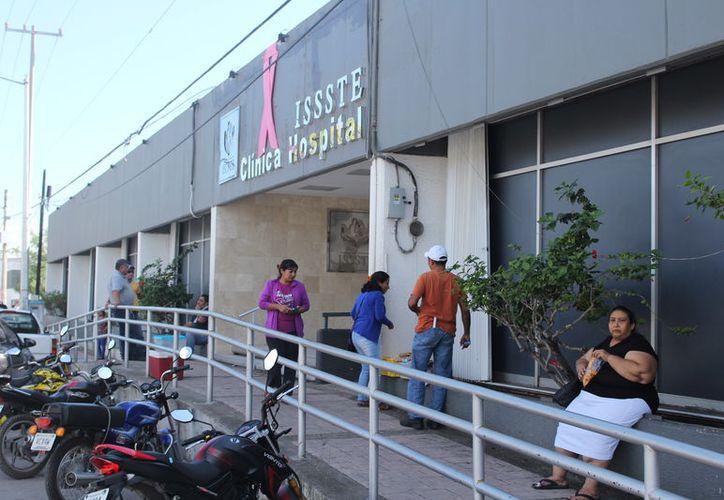 Los pacientes son atendidos  en los hospitales de Chetumal, Cozumel y Playa del Carmen. (Joel Zamora/SIPSE)