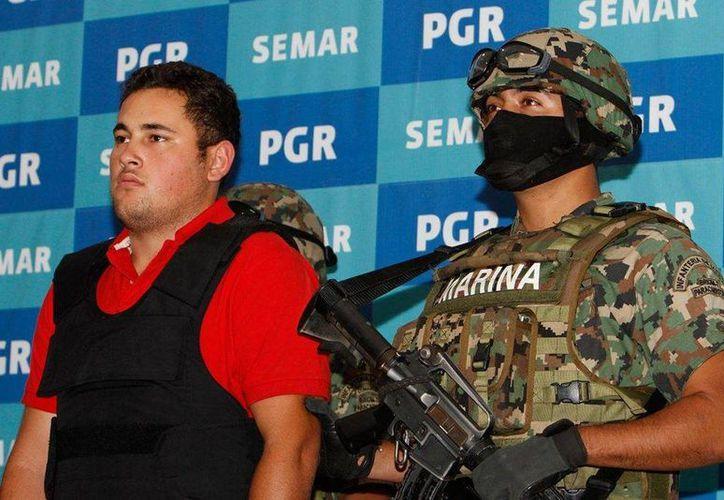 Jesús Alfredo, hijo más joven del primer matrimonio de Joaquín 'El Chapo' Guzmán Loera, secuestrado el lunes en Puerto Vallarta, ya estaría libre. (digitallpost.mx)