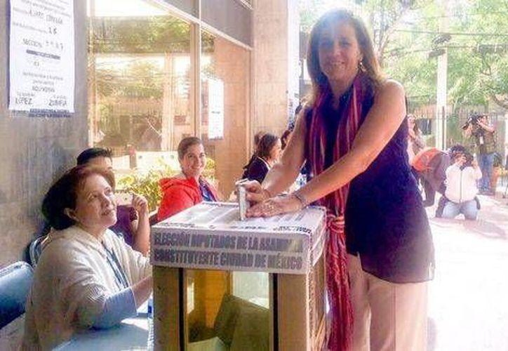 La panista Margarita Zavala hizo un llamado a la ciudadanía para que acuda este domingo, a emitir su voto. (Twitter: @Mzavalagc)
