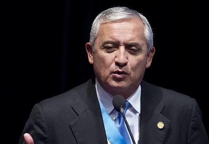 El presidente de Guatemala,  Otto Pérez Molina, firmará en Davos, Suiza, el convenio con el presidente de México para construir el gasoducto internacional. (EFE)