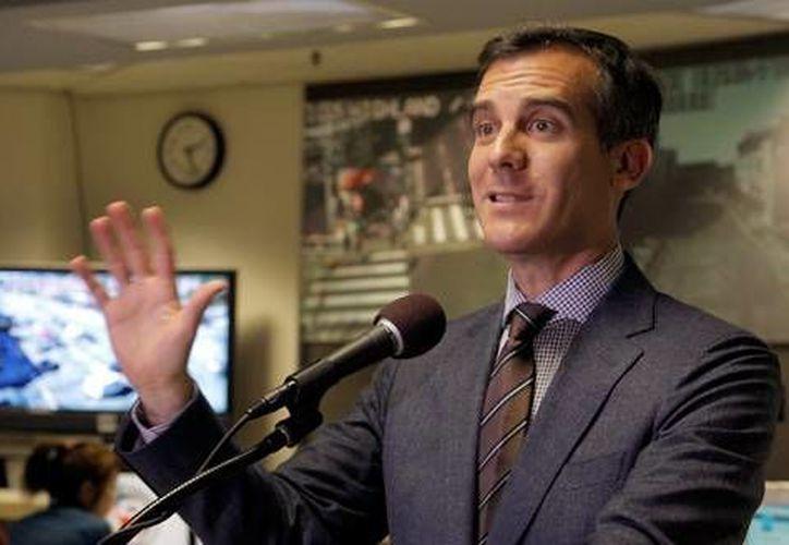 El alcalde de Los Angeles, Eric Garcetti,  es uno de los dirigentes de la unión de grandes ciudades de EU a favor de la reforma migratoria. (Archivo/AP)