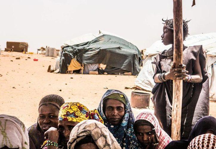 El informe de ACNUDH señala que las violaciones cometidas por la milicia Boko Haram son numerosas y generalizadas. La imagen de contexto es de un campo de refugiados en Níger. (Archivo/Notimex)