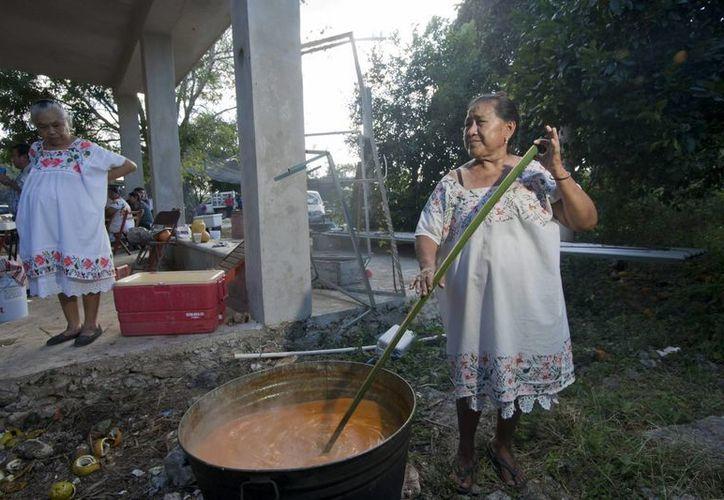 El festival 'El mundo en un pueblo maya' tiene como objetivo dar a conocer la cultura de los municipios yucatecos. (Notimex)