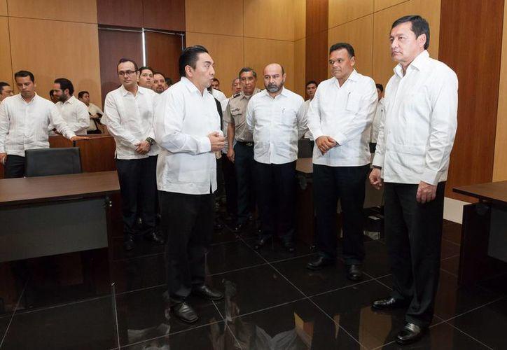 Yucatán se convierte hoy en el cuarto estado en implementar en todo su territorio el nuevo Sistema de Justicia Penal Acusatorio y Oral. (SIPSE)