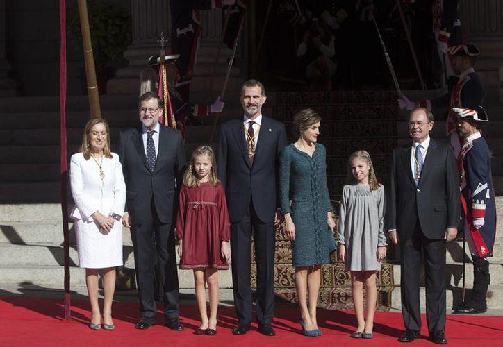 Un ciudadano español puso en evidencia las fallas de seguridad en los equipos de los reyes de España: Juan Carlos I y Felipe VI. (AP/archivo)