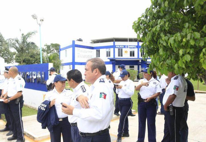 Los policías que obtengan un resultado no aprobatorio en las evaluaciones, serán dados de baja. (Harold Alcocer/SIPSE)