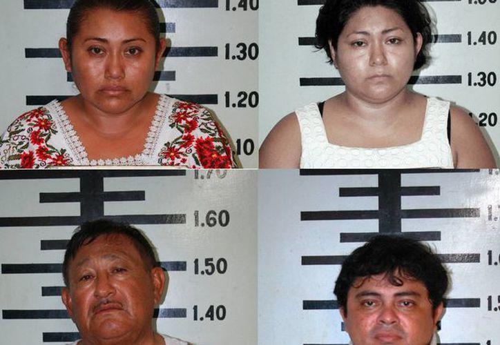 Rosa María Ortegón Pat, Jade Evelyn Ortegón Pat, Pedro Ortegón Barbosa y Pedro Moisés Canul Flores. (SIPSE)