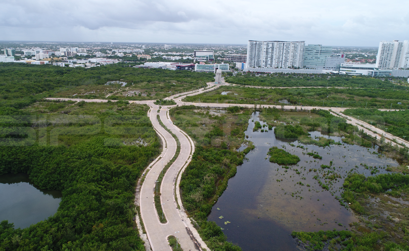Fonatur obtuvo mil 977 millones 368 mil pesos con la venta de los predios en el Malecón Tajamar, ahora tendrá que devolver a los inversionistas el dinero más los intereses. (Paola Chiomante/SIPSE)