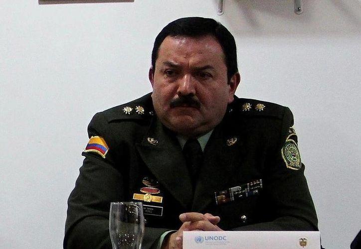En la imagen, el director de Antinarcóticos de la Policía de Colombia, general Luis Alberto Pérez. (EFE/Archivo)