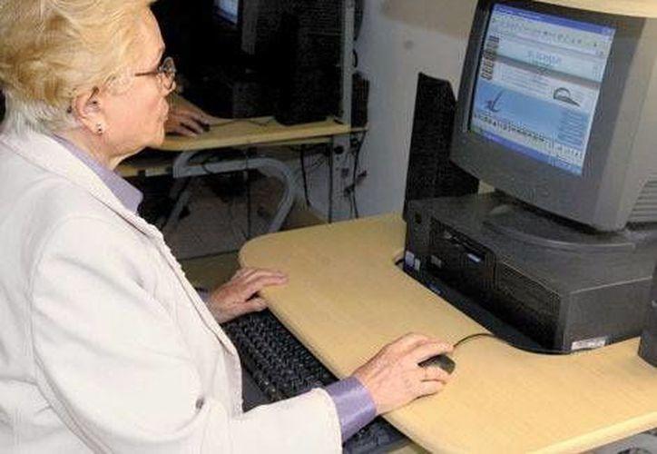 En México hay 10.1 millones de adultos mayores, muchos de ellos en Chihuahua, Morelos, Veracruz, DF, Nuevo León y Baja California Sur. (Milenio) .