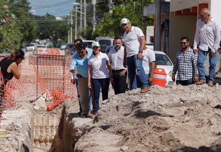 La Presidenta Municipal de Puerto Morelos pidió paciencia a la ciudadanía mientras se desarrolla la obra. (Foto: Cortesía)