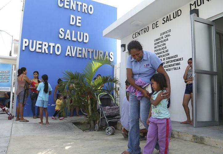 Estudiantes y académicos visitarán las cinco unidades municipales de salud, en las colonias: Luis Donaldo, 28 de Julio, Petén y Villas del Sol y Puerto Aventuras. (SIPSE)