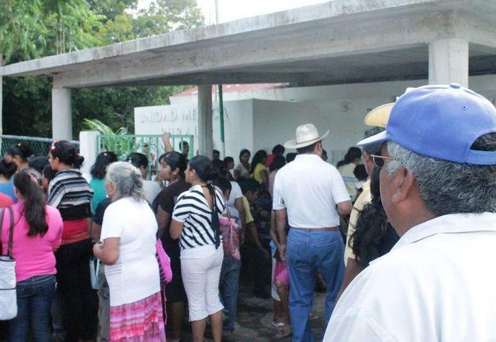 Actualmente integrantes de la CNC ayudan a los campesinos a acceder a la atención médica.  (Edgardo Rodríguez/SIPSE)