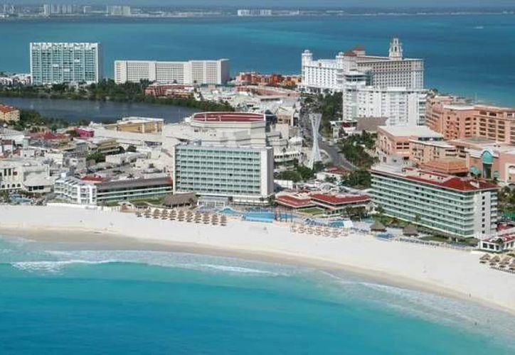 Grupos hoteleros buscan realizar inversiones en los destinos de Quintana Roo, de México y del Mundo. (Archivo/Internet)
