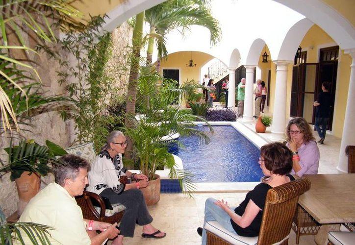 Cada vez son más los extranjeros residentes en Yucatán. (SIPSE)