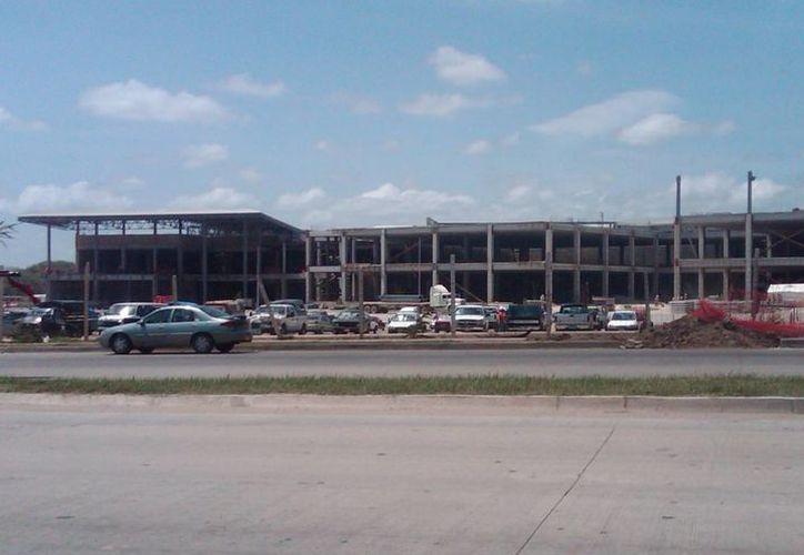 Se han invertido alrededor de 150 millones de pesos en el Centro Médico de Chetumal. (Harold Alcocer/SIPSE)