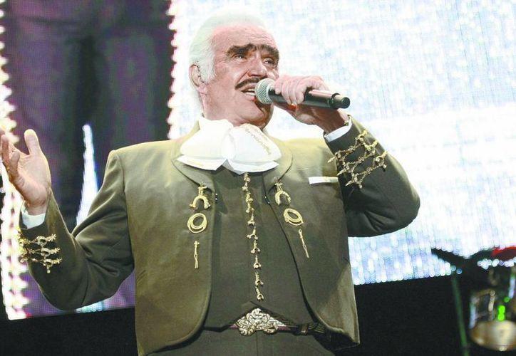 Vicente Fernández ha cosechado muchos éxitos en estos foros.  (Milenio)