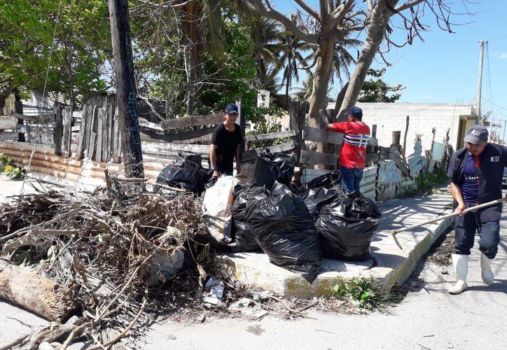 La Comuna invita a los progreseños a unirse a iniciativa ambiental. (Gerardo Keb/Novedades Yucatán)