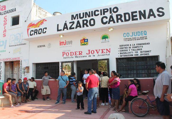 Un conflicto social se generó en las oficinas de la CROC en Kantunilkín. (Raúl Balam/SIPSE)