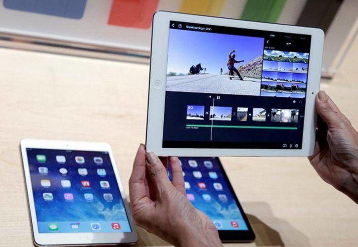Las ventas del iPad han bajado durante cuatro trimestres consecutivos y en cinco de los últimos siete trimestres. (Archivo/AP)