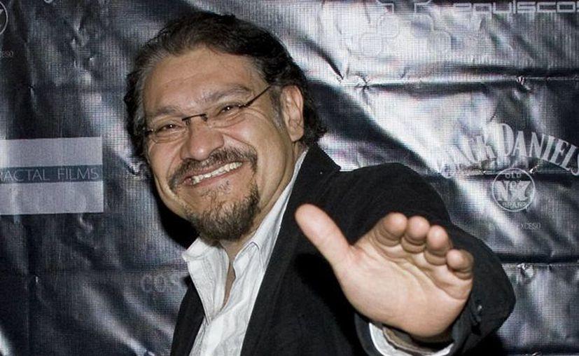 Joaquín Cosía ha publicado dos libros de poesía y una antología de poesía del norte de México. (Facebook Oficial)
