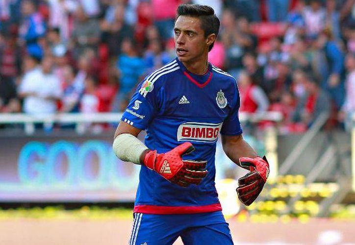 Toño Rodríguez, que perdió la titularidad ante Rodolfo Cota en Chivas, se va sin opción a compra con los Tuzos. (Foto de imago7.com)