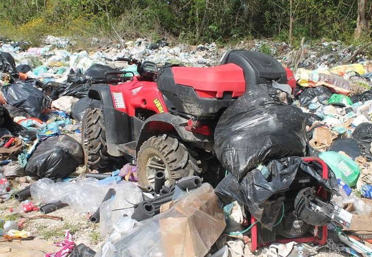 La basura podría ser un problema de salud hacia las familias. (Gloria Poot/SIPSE)