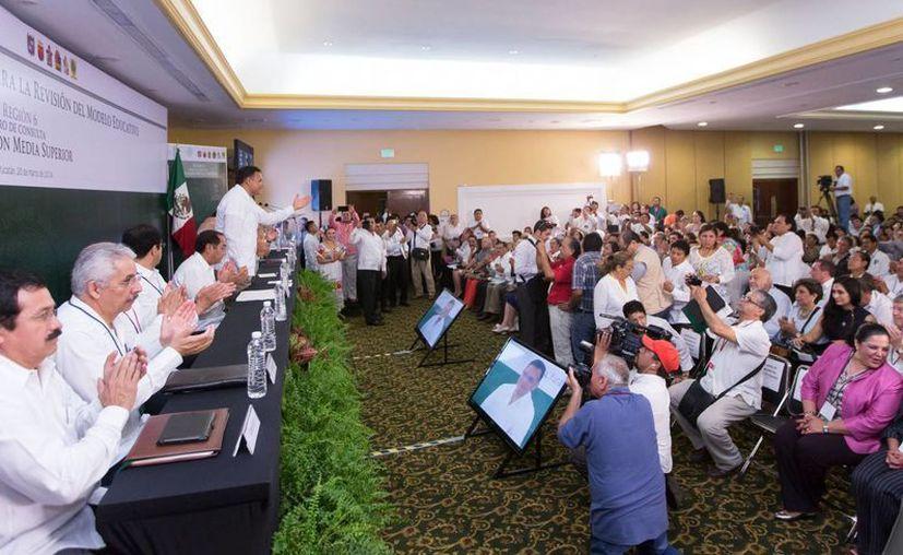 En el IV Foro Regional de la Consulta Nacional para la Revisión del Modelo Educativo participan Campeche, Chiapas, Oaxaca, Quintana Roo, Tabasco y Yucatán. (Cortesía)