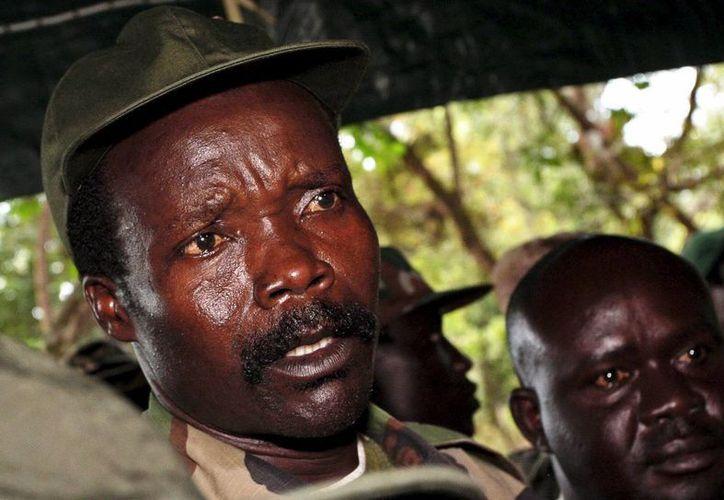 Foto de archivo tomada el 2 de noviembre de 2006 del líder del Ejército de Resistencia del Señor, Joseph Kony. (EFE)