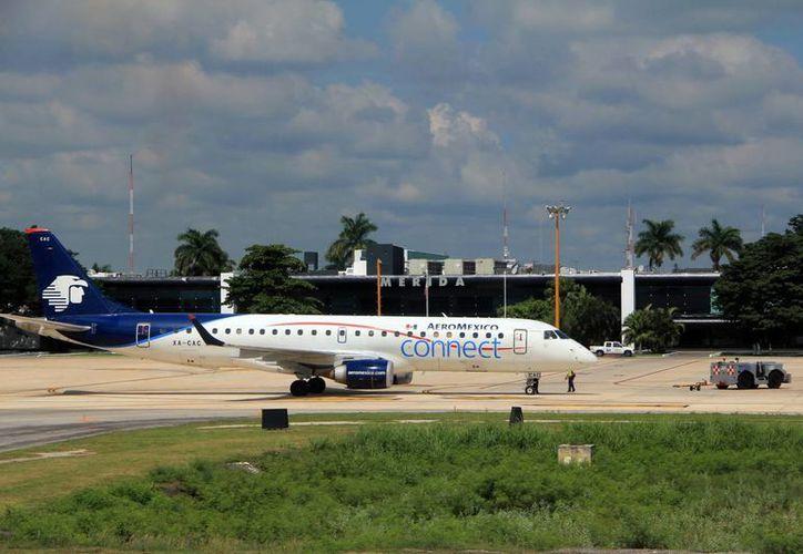 Los vuelos en la terminal aérea aumentaron en julio. (José Acosta/SIPSE)