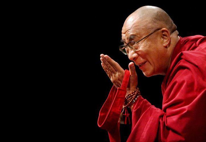 Para proteger al país de estafadores religiosos, en China se dio a conocer un portal con información de los monjes budistas verificados. En la foto, el Dalai Lama. (asianews.it)