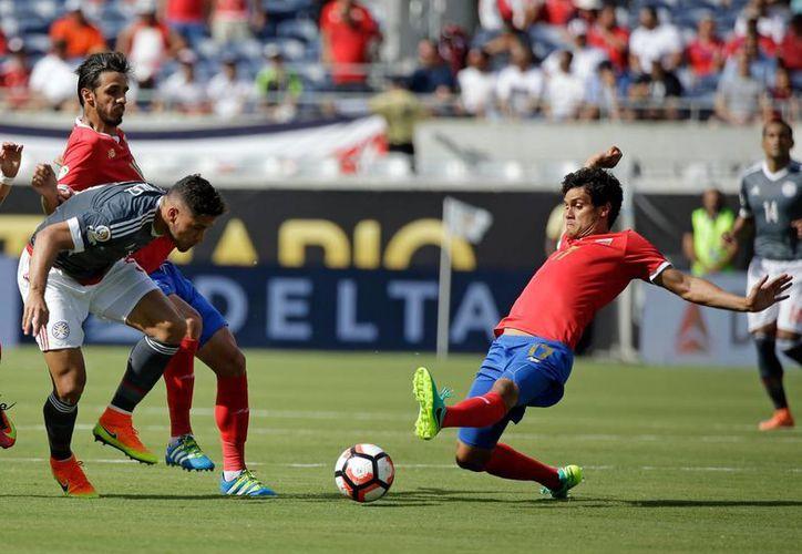 Con este empate, Costa Rica y Paraguay se colocan en el segundo puesto del Grupo A de la Copa América Centenario. (AP)