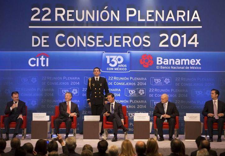 Durante la 22 Reunión Plenaria de Consejeros 2014 Banamex, Peña Nieto destacó los beneficios alcanzados por las reformas aprobadas hasta ahora. (presidencia.gob.mx)