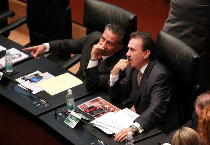 El coordinador del tricolor, Emilio Gamboa, argumentó que sí existía quórum. (Agencia Reforma)