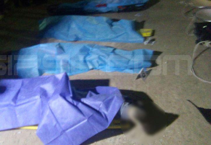 Según información oficial de la FGE, los cuatro albañiles fallecieron al ser aplastados por las estructuras. (SIPSE)