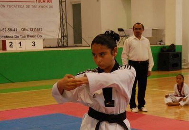 n la categoría sub-13 femenil, María Aguilar fue primer lugar, y en la rama varonil, Alberto Rincón. (Milenio Novedades)