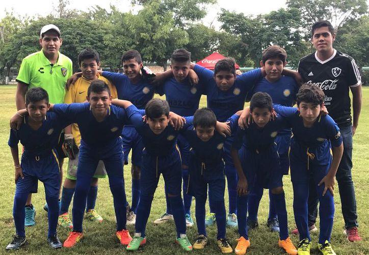 Finalmente llegó el día esperado del club Ribera de Río Hondo, quienes no decepcionaron en la Sub-13 al vencer a domicilio a los Toros de Mérida. (Miguel Maldonado/SIPSE)
