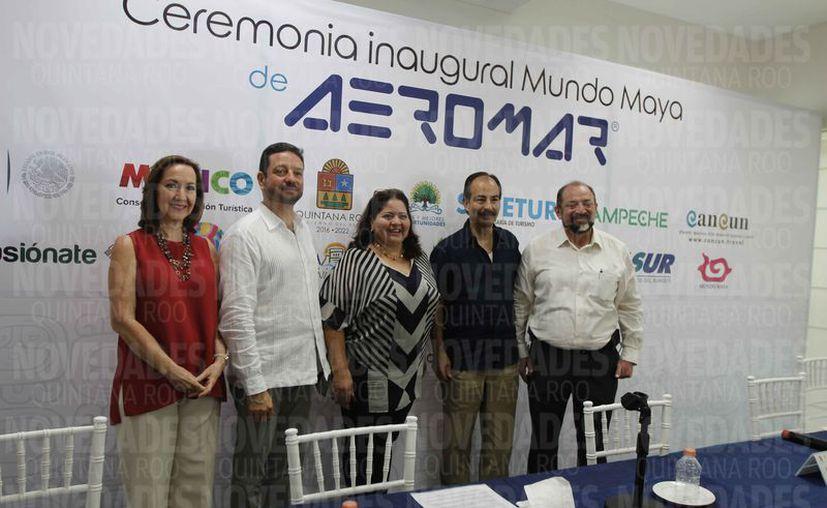 Ayer fue inaugurado oficialmente el vuelo Mérida- Cancún. (Israel Leal/SIPSE)
