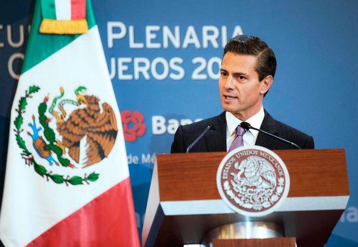 Crear una empresa en México, más sencillo, rápido y económico que nunca, consideró el presidente Enrique Peña. (Notimex)