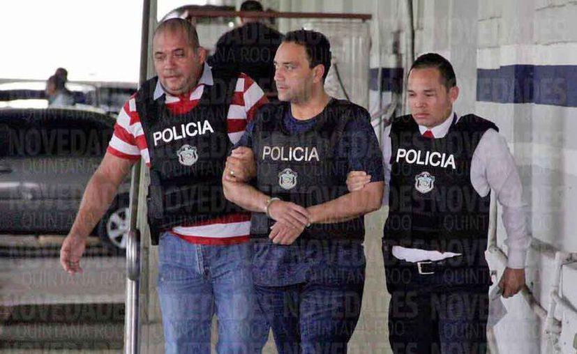 Roberto Borge fue escoltado por efectivos de las Fuerzas Especiales. (Redacción)