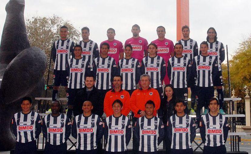 Rayados de Monterrey en foto oficial para el Clausura 2013. (Notimex)