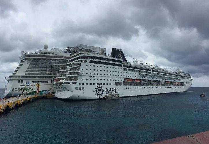 Cozumel cuenta con infraestructura portuaria de primer nivel para la llegada de cruceros. (Redacción)