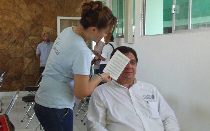 A partir del próximo lunes comenzarán a realizarse exámenes de la vista en Chelem. (Manuel Pool/SIPSE)