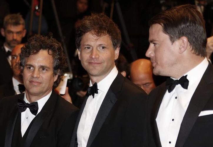 """Bennett Miller (c) se llevó el premio al mejor director del 67 Festival de Cannes por """"Foxcatcher"""". (EFE/Archivo)"""