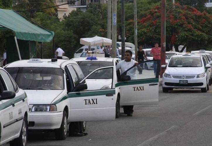 Exhortaron a los taxistas a comprometerse con un servicio de calidad para los ciudadanos. (Contexto)