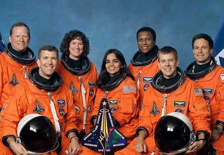 El Transbordador espacial Columbia de la NASA se desintegró el 1 de febrero de 2003. Imagen de la tripulación.(NASA)