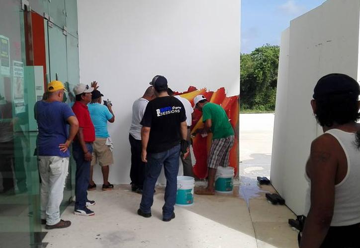 El ayuntamiento se disculpó, lamentó el menoscabo del mural y señaló la falta de atención de los encargados. (Foto: Octavio Martínez/SIPSE).