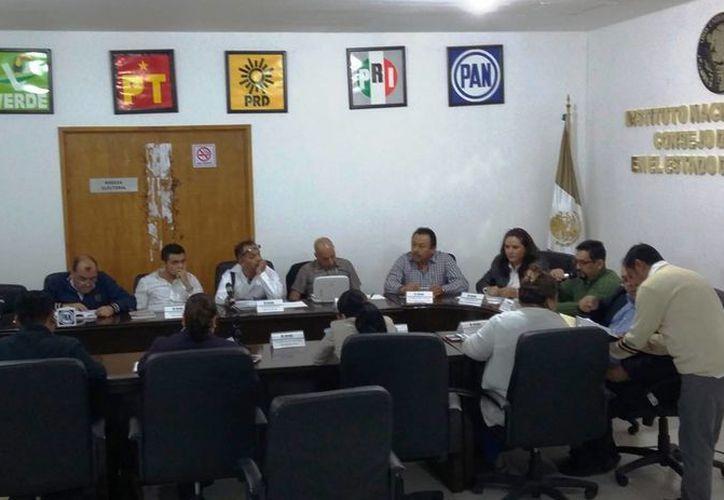 Los nueve candidatos del Distrito 01 podrán exponer sus propuestas en un Foro organizado por el INE. (Daniel Pacheco/SIPSE)