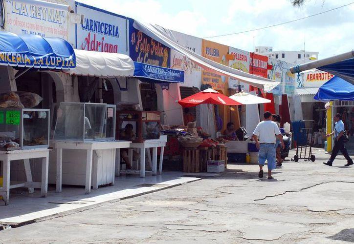 Antes de la Cuaresma las ganancias en las carnicerías eran de alrededor de siete mil pesos. (Tomás Álvarez/SIPSE)